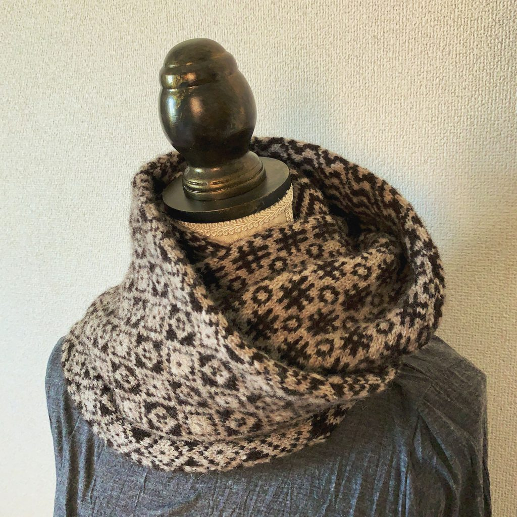 Shirly Cowl